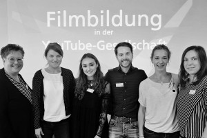"""Die teilnehmenden Lehrkräfte S. Brinker, J. Walas-Klute, die Youtube Stars Franca Serafina Bolonga alias  """"I am Serafina"""", """"Mr Wissen to Go"""" Mirko Drotschmannn, S. Liebich und S. Bley"""
